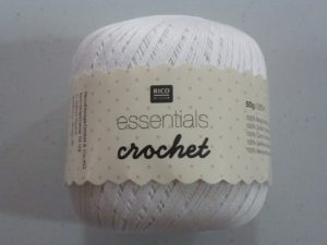 Coton Essentials Crochet N° 01 de RICO DESIGN coloris blanc