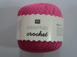 Coton Essentials Crochet N° 05 de RICO DESIGN coloris fuchsia