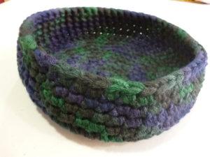 corbeille vide poche au crochet coloris multicolore