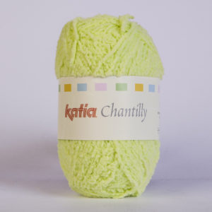 CHANTILLY N°55 de KATIA pelote de 50 g coloris Vert Anis