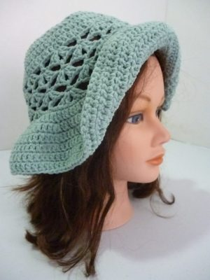 chapeau au crochet en Sonora coloris céladon