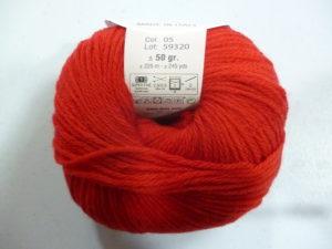100% Baby N°005 de D.M.C coloris Rouge