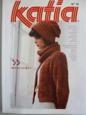 Catalogue Katia Accessoires N°10 Automne-Hiver 55 modèles