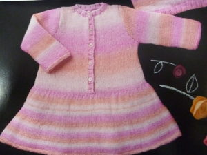 KIT Complet Robe de 12 Mois à 24 Mois Prêt à être tricoté