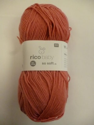LOT de 4 Pelotes Baby So Soft de RICO DESIGN Coloris N°18