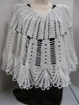 poncho en PHIL DIAMANT de PHILDAR coloris blanc