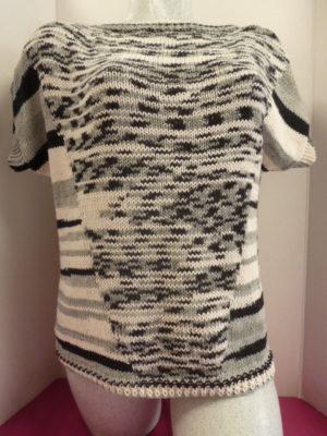 Pull en BORA BORA de KATIA coloris noir et blanc