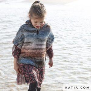 Poncho Enfant au Tricot en «TWINS» de Katia